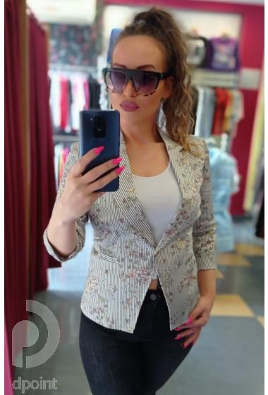 Елегантно дамско сако на ситно райе Карина