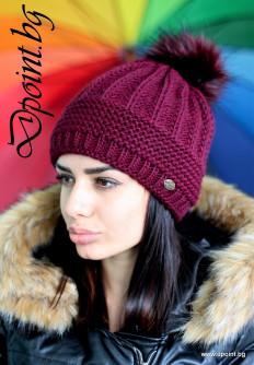 Актуална плетена шапка с пух Рут